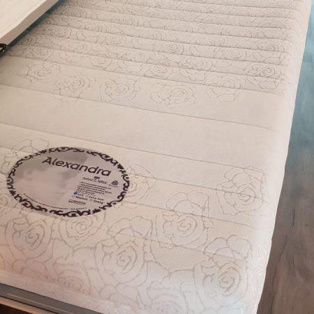 Alexandra mahoton matras latex
